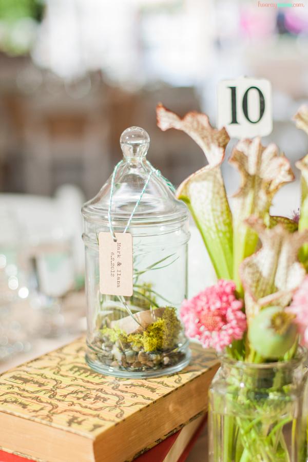 terrarium-diy-wedding-decor-centerpiece-1