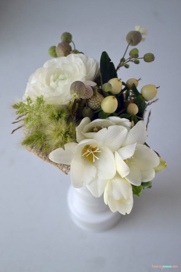 white-flowers-ranunculus